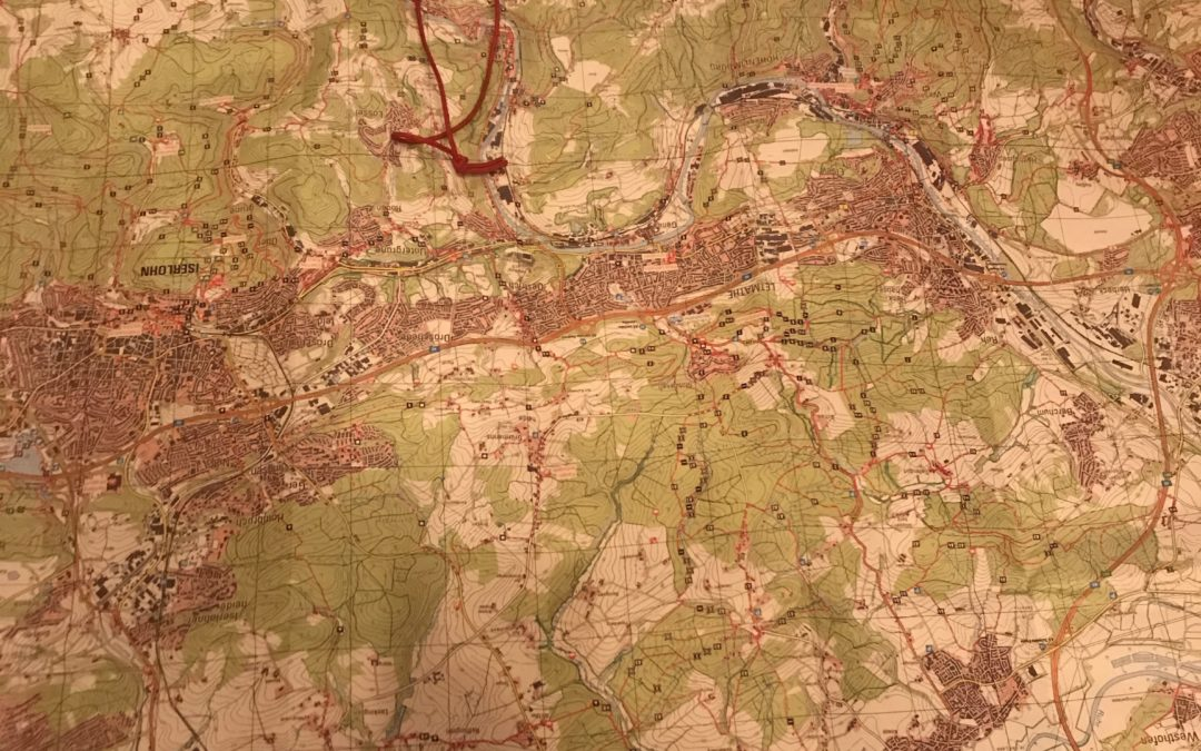 Karte, Kompass und Orientierung
